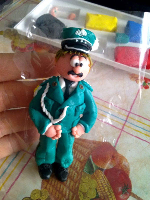 Oficer z modeliny