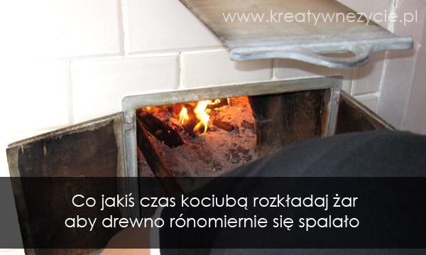 Piec chlebowy palenie