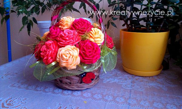 Bukiet róż z bibuły