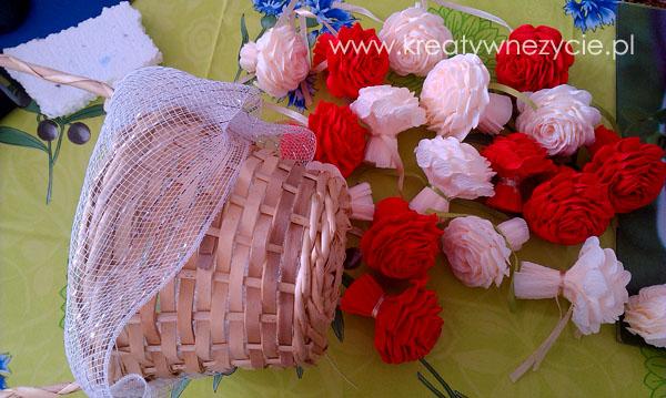 Kosz bukiet róż prezent