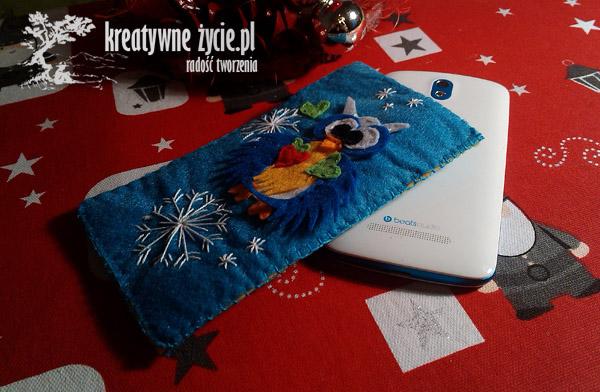 Niebieskie etui z sową na smartphona