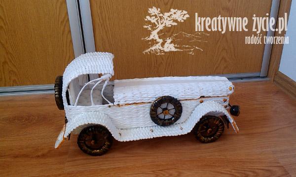 Auto z wikliny na prezent