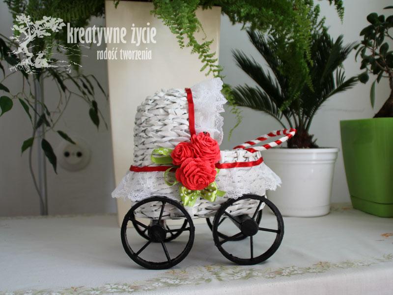 Wózek z wikliny papierowej