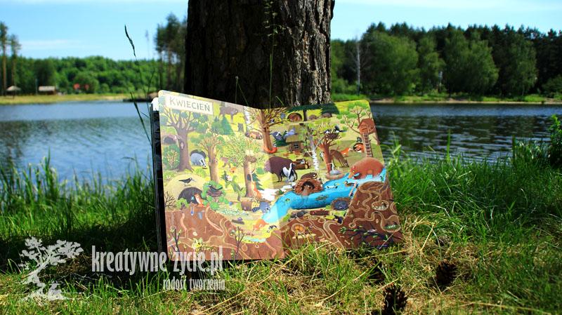Rok w lesie recenzja kwiecień
