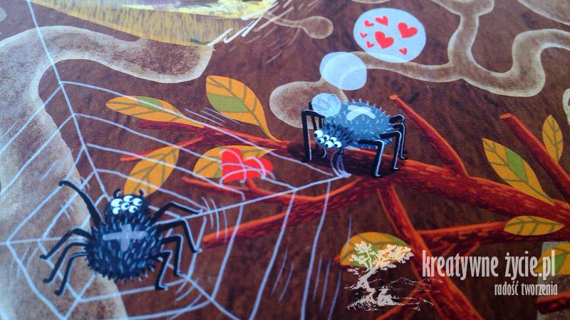 Rok w lesie pająk