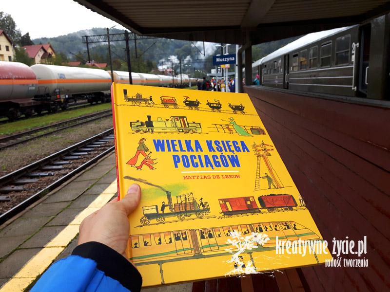 Obrazkowa książka o pociągach