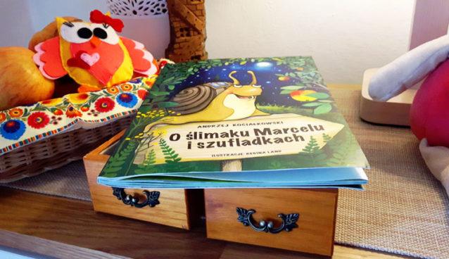 O ślimaku Marcelu i szufladkach