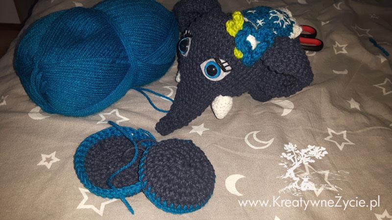 Poduszka dla słonia na szydełku